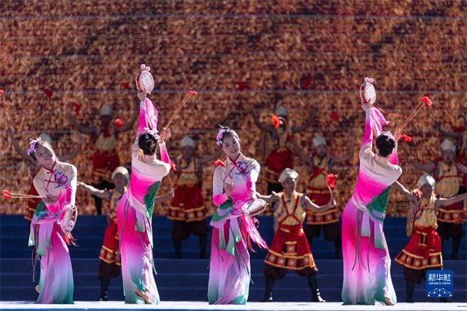 2021雅砻文化旅游节在西藏山南开幕7.jpg