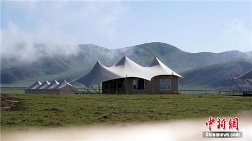 """甘肃藏地秘境""""帐篷城""""迎客 原始与现代的藏家风情3.jpg"""