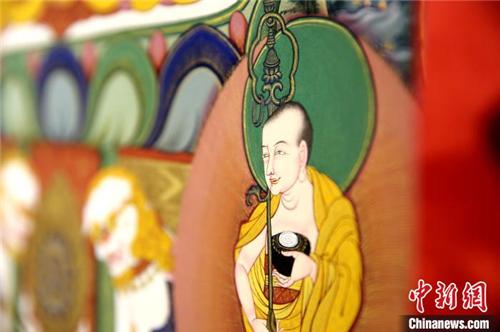 西藏60位唐卡传承人群结业 助力非遗文化传承4.jpg