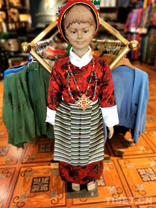特色鲜明的藏式童装 传统也时尚8.jpg