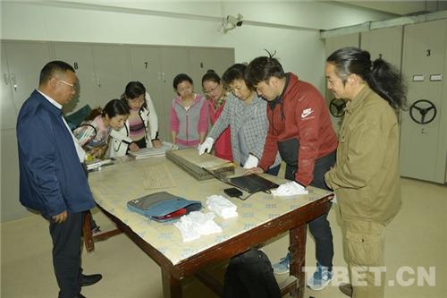 """敦煌博物馆与""""劫后余生""""的藏文遗书8.jpg"""