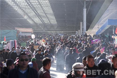 第39届雅砻物交会开幕,西藏山南人开启买买买模式3.jpg