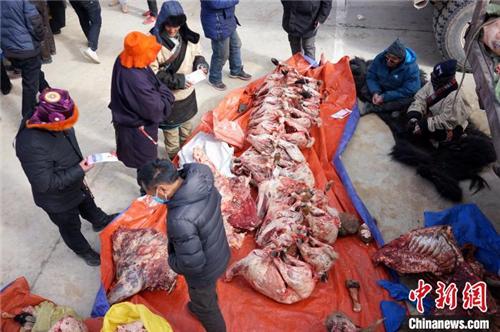 展现羌塘草原特色 西藏那曲畜产品展销会开幕2.jpg