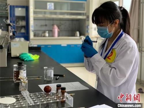 青海省中藏药制药行业药品检测技能大赛在西宁举行