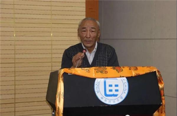 郭须·扎巴军乃:学生心中的好老师,专业领域的大学者