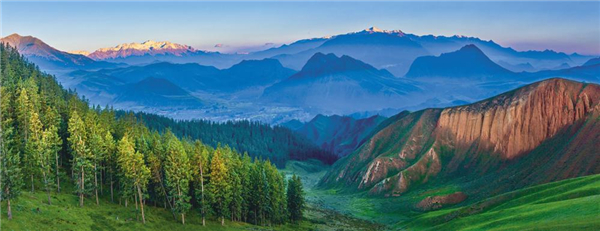 """绿色发展 """"旅游+""""推动青海生态旅游多点开花"""