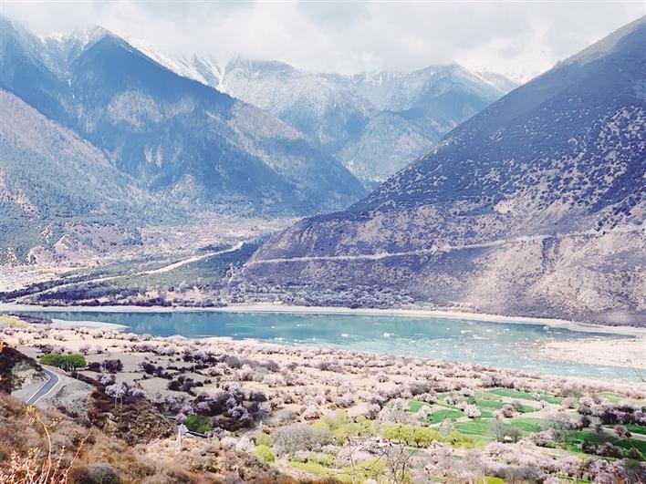 西藏林芝:雅鲁藏布大峡谷国家5A级景区揭牌