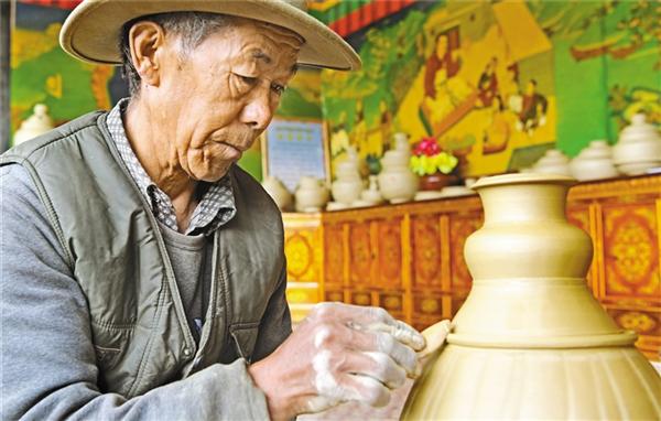 西藏:传承与发展民族手工业 赋予时代价值