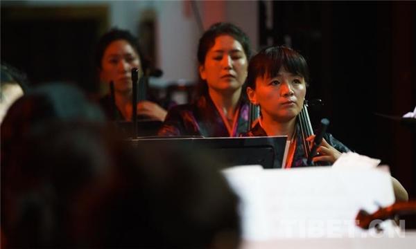 庆祝建党100周年 西藏《唱响百年》主题音乐会举办