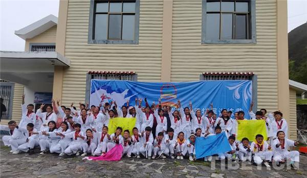 西藏第一届青少年跆拳道素质拓展训练营落幕