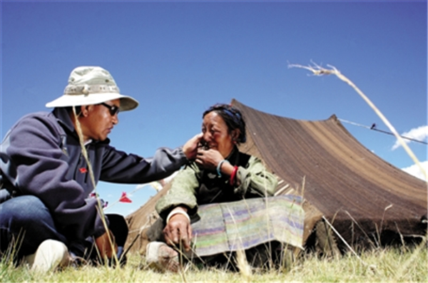 央嘎:藏医药如何走向世界