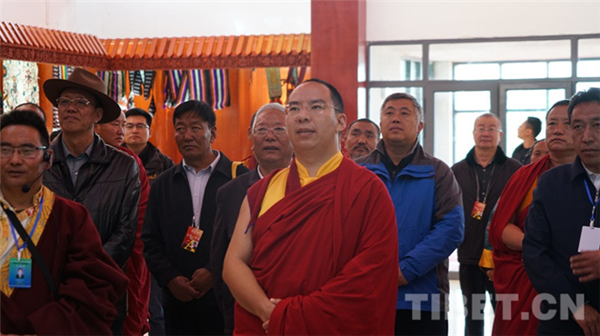 班禅重返故乡那曲:体察藏北民情 关注牧区生态