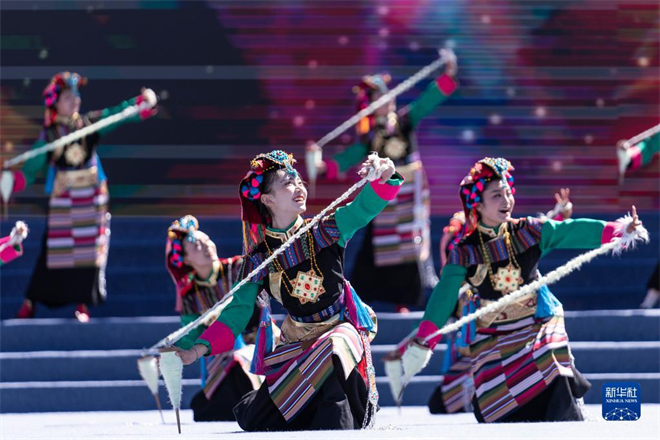2021雅砻文化旅游节在西藏自治区山南市开幕