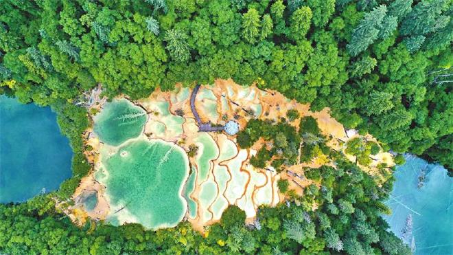 建设世界旅游目的地 九寨沟争当全域旅游新典范