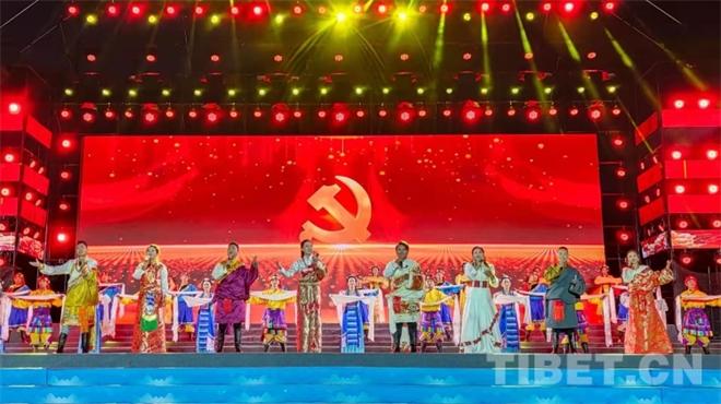 西藏山南:第十届加查达布文化旅游节开幕