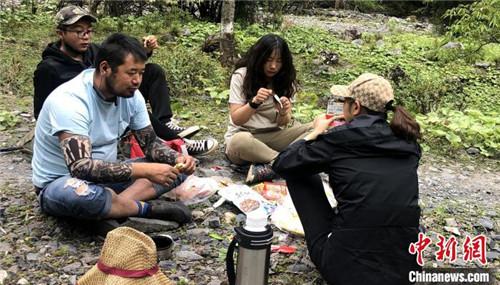 """西藏分布567种蝶类首次拥有藏汉双语""""身份""""名录2.jpg"""
