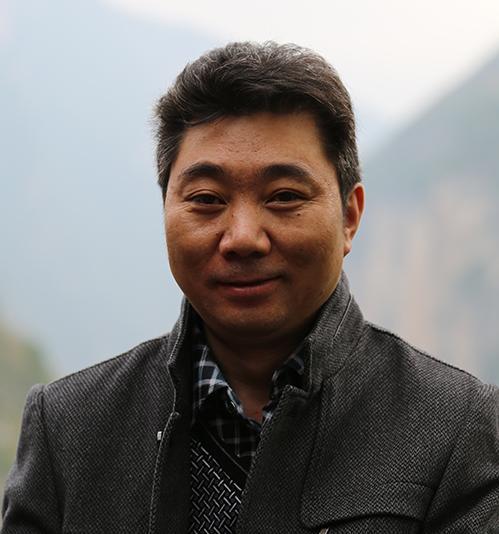 尹向东短篇小说:醉氧的弦胡