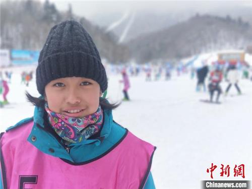 """西藏少年的""""冰雪奇缘"""":穿越5000公里去滑雪2.jpg"""