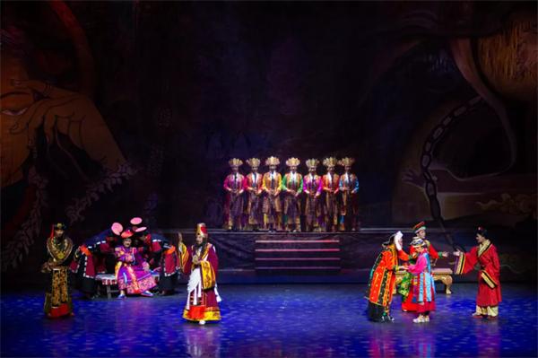 南木特藏戏《唐东杰布》:再现藏汉民族团结奋进历史传统2.jpg