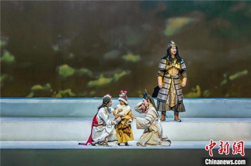 西藏历史舞台剧《金城公主》首季公演收官.jpg