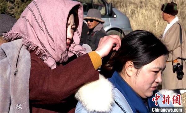 援藏题材电影《雪域青春》在西藏拉萨投入拍摄3.jpg