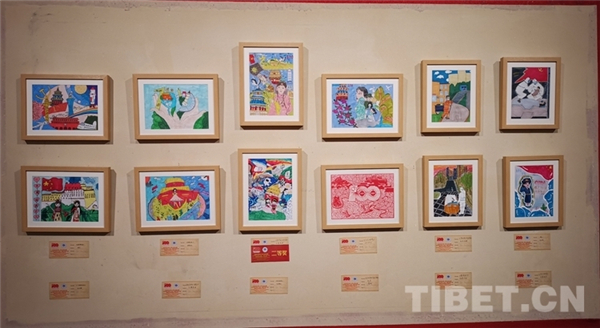 西藏青少年书画大展拉萨开幕 向社会大众免费展览4.jpg