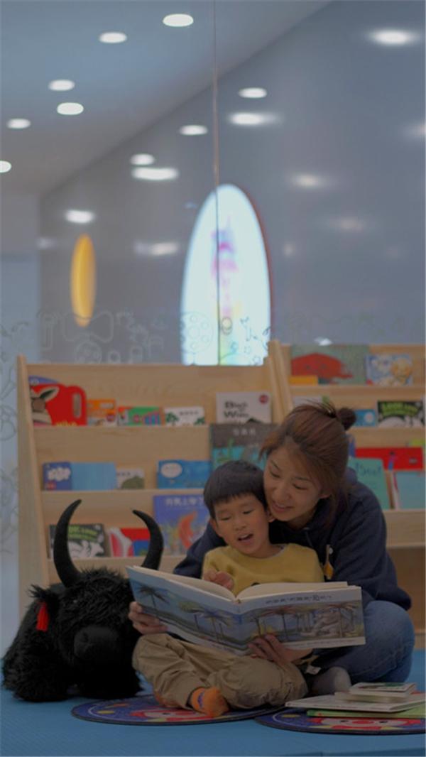 """西藏开展""""全民阅读""""活动走笔:书香,在高原弥漫1.jpg"""