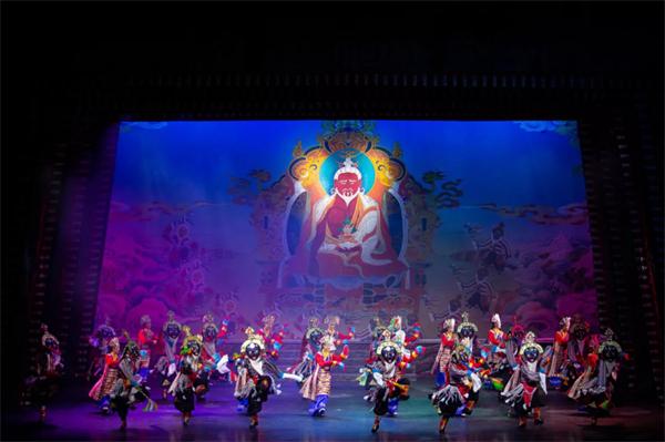 南木特藏戏《唐东杰布》:再现藏汉民族团结奋进历史传统3.jpg