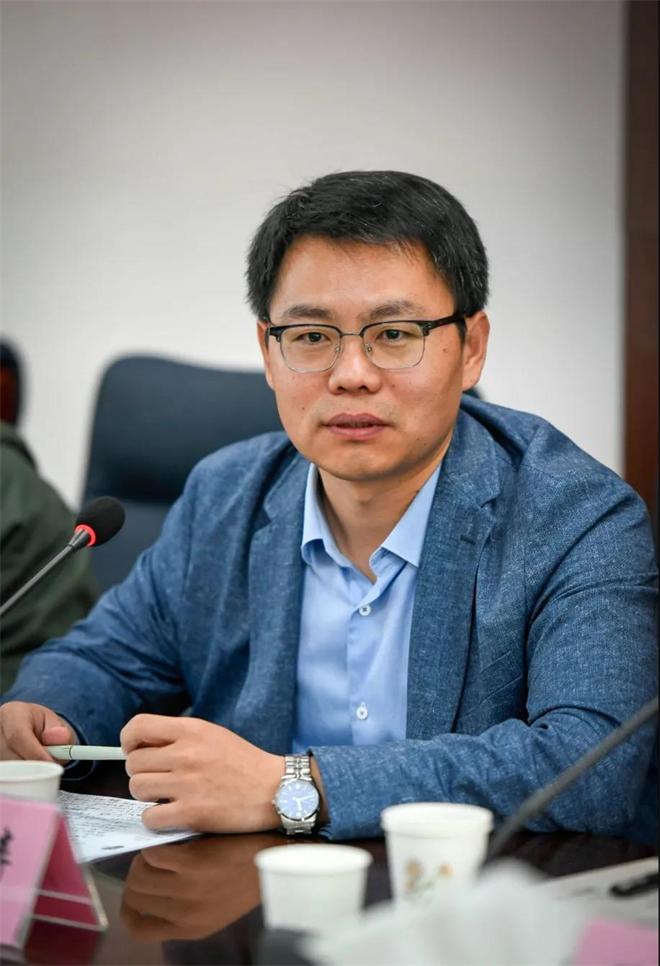 陈涛《在群山之间》作品研讨会(甘肃)在兰州召开4.jpg