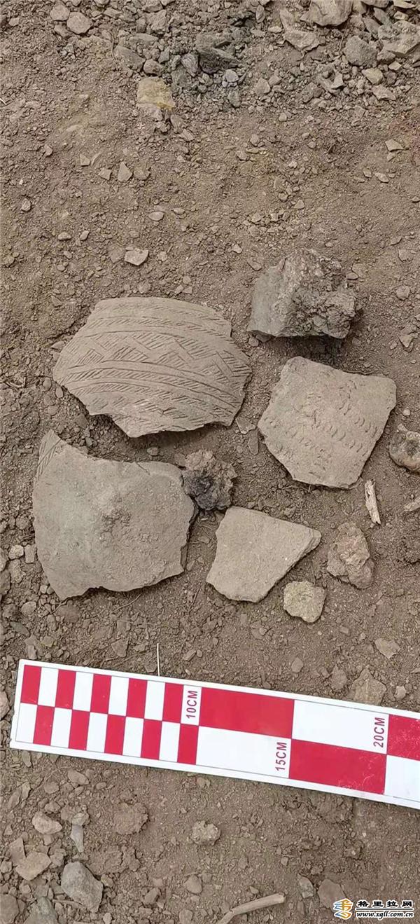 德钦县澜沧江流域首次发现早期人类活动遗址1.jpg