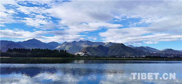 日光拉萨:天蓝、水清、景美1.jpg