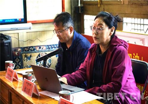 一带一路与藏传佛教发展研究专家座谈会在西宁举行4.jpg