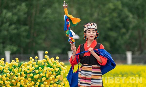 乡村振兴花为媒 第四届西藏·墨竹小油菜花文化旅游节开幕2.jpg