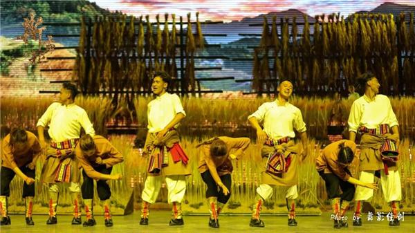 《斯古拉》:首部三维全景式嘉绒藏族歌舞剧7.jpg