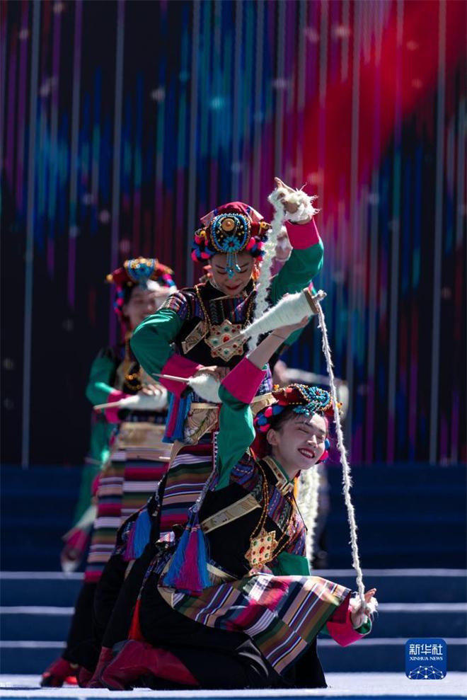 2021雅砻文化旅游节在西藏山南开幕3.jpg