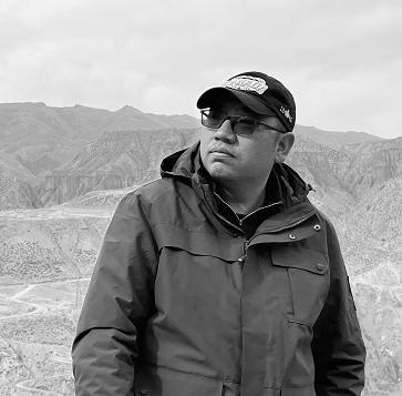 赤·桑华短篇小说:猎人巴查的最后一次狩猎