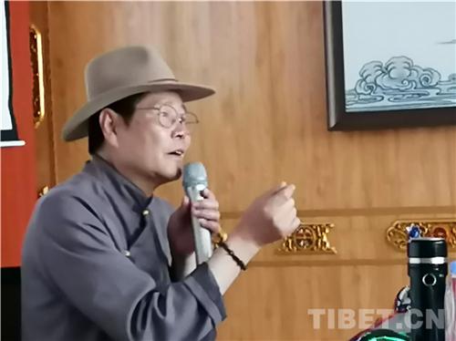 吴雨初:牦牛与藏族人民情感血肉相连2.jpg