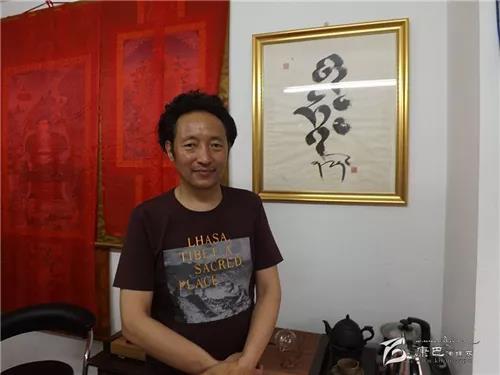 嘎多:在藏文书法里书写梦想与心声.jpg