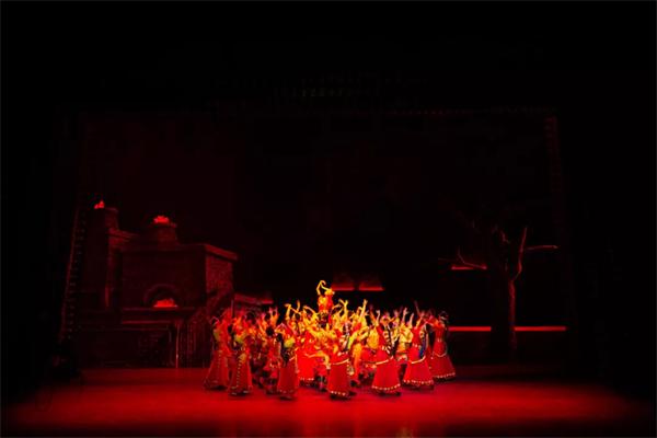 南木特藏戏《唐东杰布》:再现藏汉民族团结奋进历史传统5.jpg