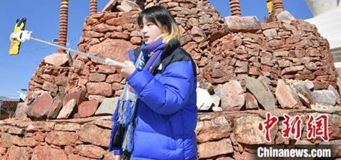 格桑卓玛:短视频传播藏文化