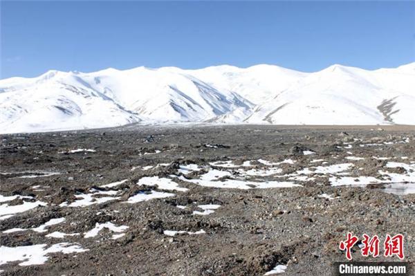 藏科考最新研究:西藏阿汝冰崩对下游湖泊贡献达23%2.jpg