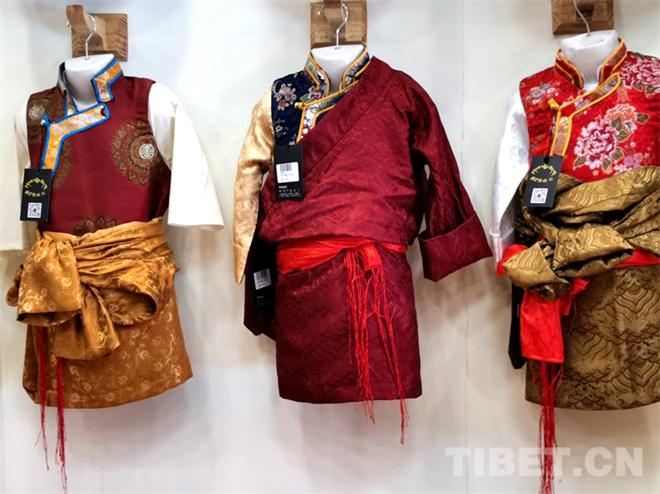 特色鲜明的藏式童装 传统也时尚4.jpg