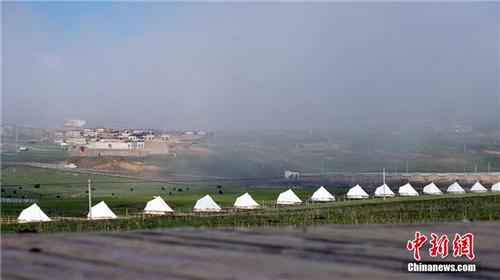 """甘肃藏地秘境""""帐篷城""""迎客 原始与现代的藏家风情1.jpg"""
