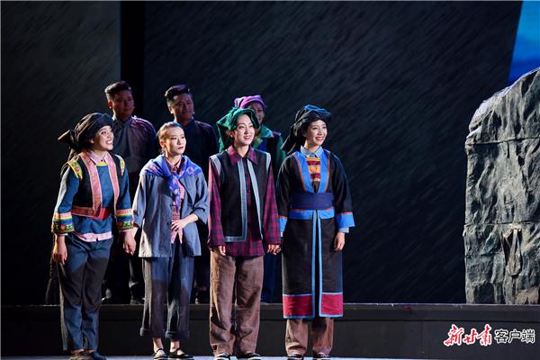 甘肃甘南州:音乐剧《达玛花开》首次公开演出4.jpg