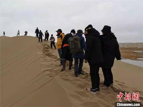 三江源国家公园黄河源园区迎来首批生态体验访客1.jpg