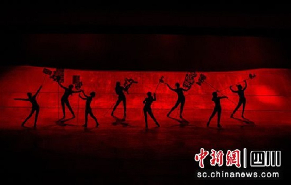 全国首台藏地大型浸没式冒险秀《亚丁·藏地密码》将于6月首演1.jpg