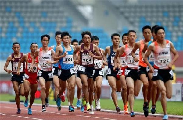 2020年全国田径锦标赛男子10000米决赛 多布杰获季军2.jpg