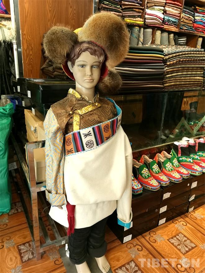 特色鲜明的藏式童装 传统也时尚10.jpg