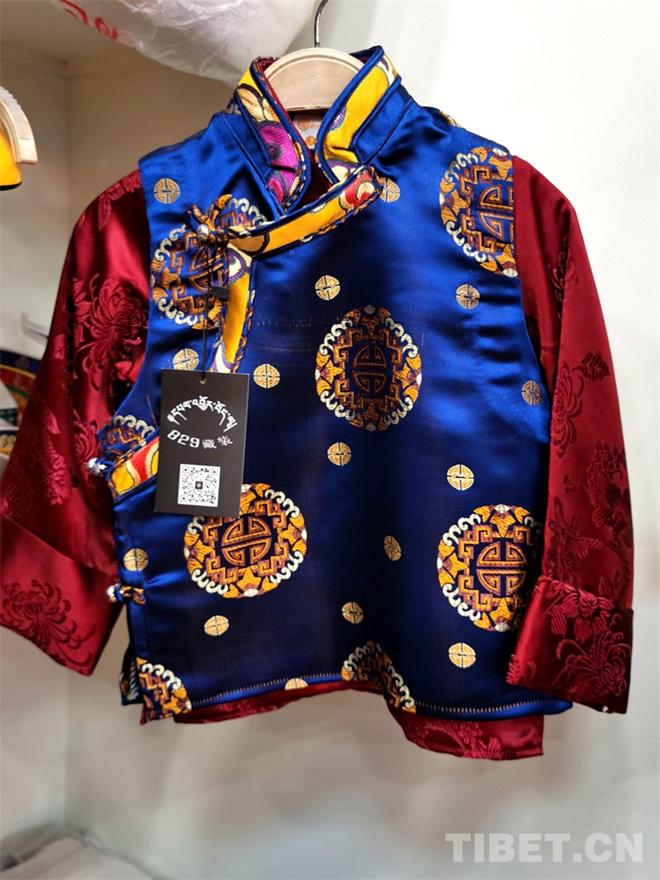 特色鲜明的藏式童装 传统也时尚7.jpg