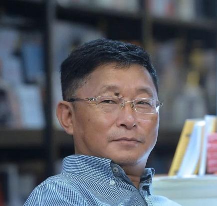 汪兆骞:在汉藏两语间穿行的阿来